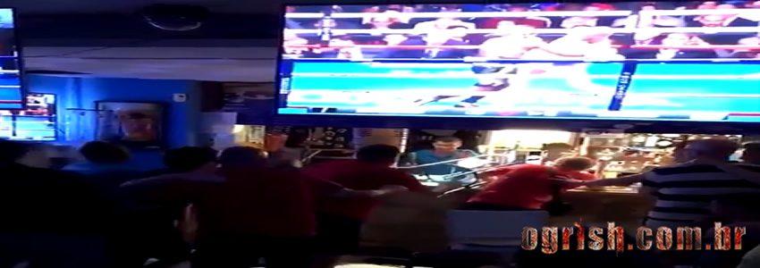 21-Briga em bar durante luta de Mcgregor x Mayweather Ogrish.com.br
